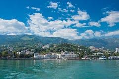 Yalta kust arkivfoton