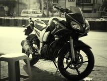 Yamaha cykel arkivfoto
