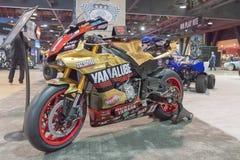 Yamaha gestileerde motorfiets op vertoning Royalty-vrije Stock Fotografie