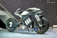 YAMAHA MOTODROID, una manifestazione di concetto del motociclo su esposizione al trentanovesimo salone dell'automobile internazio fotografie stock