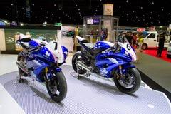 Yamaha motorcykel på skärm Arkivfoton