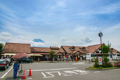 YAMANASHI, JAPAN - Juli 24, 2017: Kawaguchistation met Royalty-vrije Stock Afbeelding