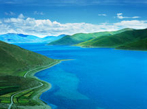Yamdrok Lake In Tibet Royalty Free Stock Photo