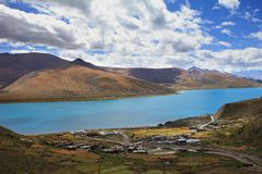 Yamdrok Lake and Small Village Royalty Free Stock Images