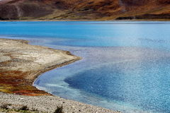 Yamdrok yumtso lake Royalty Free Stock Photography