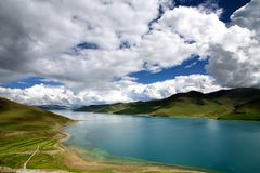 Yamdrok-tso lake Stock Photo