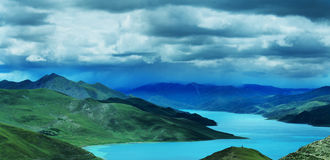 Yamdrok Tso Lake Royalty Free Stock Image