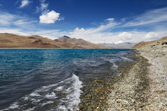 Yamdrok Tso Lake. A close view of Yamdrok Tso Lake. It is one of the three holy lakes in Tibet. It is located in Nagarze County, at an altitude of 4,441 meters Stock Images