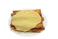 Yammy ha rotolato i pancake con l'ostruzione del mirtillo Fotografie Stock Libere da Diritti