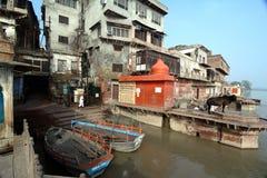 Yamunarivier: Ghats van Mathura Stock Foto's