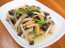 Yanagi-Pilz mit Austernsoße Lizenzfreies Stockfoto