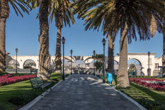 Yanahuara Plaza με τις αψίδες στο backgound - Arequipa, Περού Στοκ Εικόνα