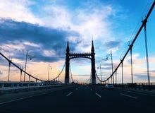 Yang Ming Tan Bridge nattsikt fotografering för bildbyråer