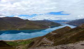 Yang Zhuo Yong Lake in Tibet Royalty Free Stock Images