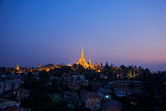 Yangon em a noite Imagens de Stock
