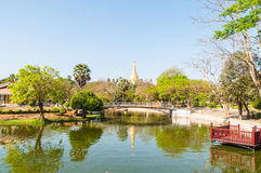 Yangon min anmar-Februari 19,2014: Shwedagon pagod Royaltyfria Foton