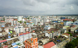Yangon stadshorisont Royaltyfria Bilder