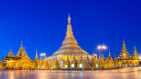 Yangon, vue de Myanmar de pagoda de Shwedagon la nuit photos libres de droits