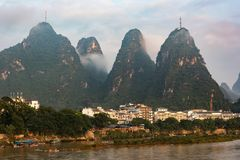 Yangshuo stad i Guangxi, Kina royaltyfri foto