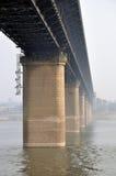 Yangtze-Flussbrücke Lizenzfreies Stockfoto