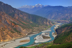 Yangtze River. The first is located in the Yangtze River Bay Chinese city of Lijiang in Yunnan Province town of Shek Kwu, Taotao river from the Qinghai-Tibet Royalty Free Stock Image