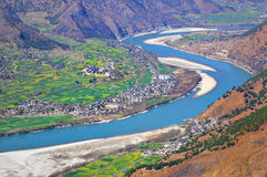 Yangtze River. The first is located in the Yangtze River Bay Chinese city of Lijiang in Yunnan Province town of Shek Kwu, Taotao river from the Qinghai-Tibet Stock Photo