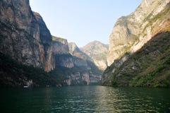 Yangtze Three Gorges pequeno em Wushan China Imagem de Stock