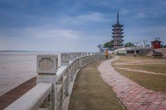 YANGUAN, una ciudad del ancinet en el sur de China fotografía de archivo