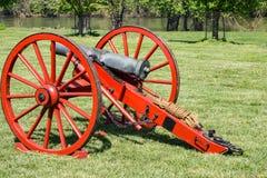 Yankee Canon con James River nei precedenti immagine stock libera da diritti