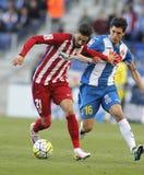 Yannick Ferreira Carrasco von Atletico Madrid und Javi Lopez des RCD Espanyol Stockfotografie