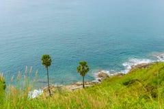 Yanui plaża od zmierzchu punktu widzenia, Phuket, Tajlandia zdjęcie royalty free