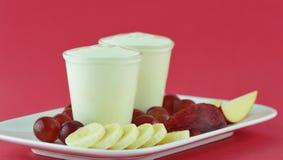 yaourt aux fruits frais Photo libre de droits