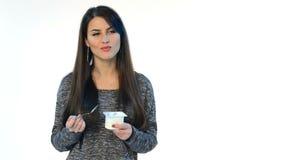 Yaourt femelle de consommation de brune clips vidéos