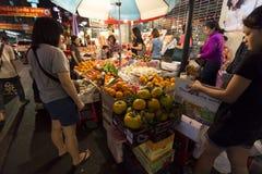 YAOWARAT CHINATOWN BANGKOK TAILANDIA Imágenes de archivo libres de regalías