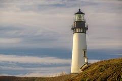 Yaquina朝向灯塔在太平洋海岸,在1873年修造 库存图片