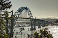 Yaquina-Bucht-Brücke, Newport, Oregon Lizenzfreie Stockfotos