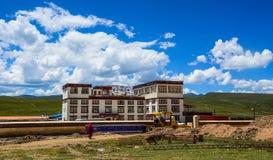 Yarchen Gar Monastery in Garze tibetano immagine stock libera da diritti