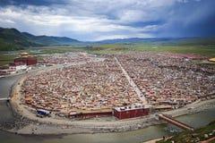 Yarchen Gar Monastery i Sichuan, Kina Royaltyfria Foton