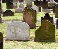 Yard de tombe d'église image libre de droits