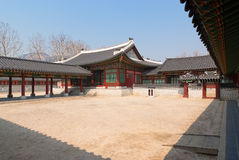 Yard of  Emperor Kyoungbok palace at Seoul Royalty Free Stock Photos