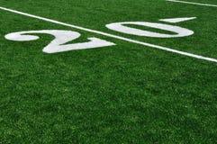 Yard-Line 20 auf amerikanischem Fußballplatz Stockfotos