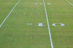 Yard-Line des amerikanischen Fußballs zehn Lizenzfreie Stockfotos