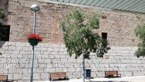 Yard monastry de Moncerrat Arbres et fleurs Images stock
