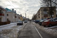 Yarda abandonada en invierno Imagenes de archivo