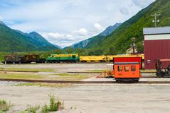 Yarda del tren en las montañas 2 imagenes de archivo