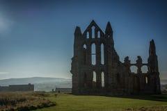 Yarda grave de la abadía de Whitby en Yorkshire, Inglaterra Fotos de archivo