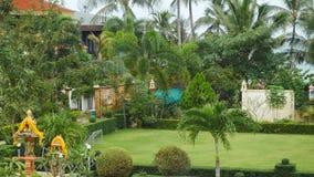 Yarda hermosa de la granja en selva tropical foto de archivo libre de regalías