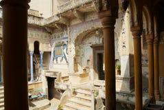 Yarda interior del haveli en Mandawa, la India imagen de archivo