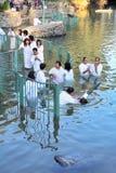 Het rituele doopsel van Christelijke pelgrims Royalty-vrije Stock Fotografie
