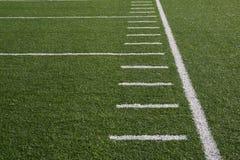 Yardlines del campo de fútbol Imagen de archivo libre de regalías